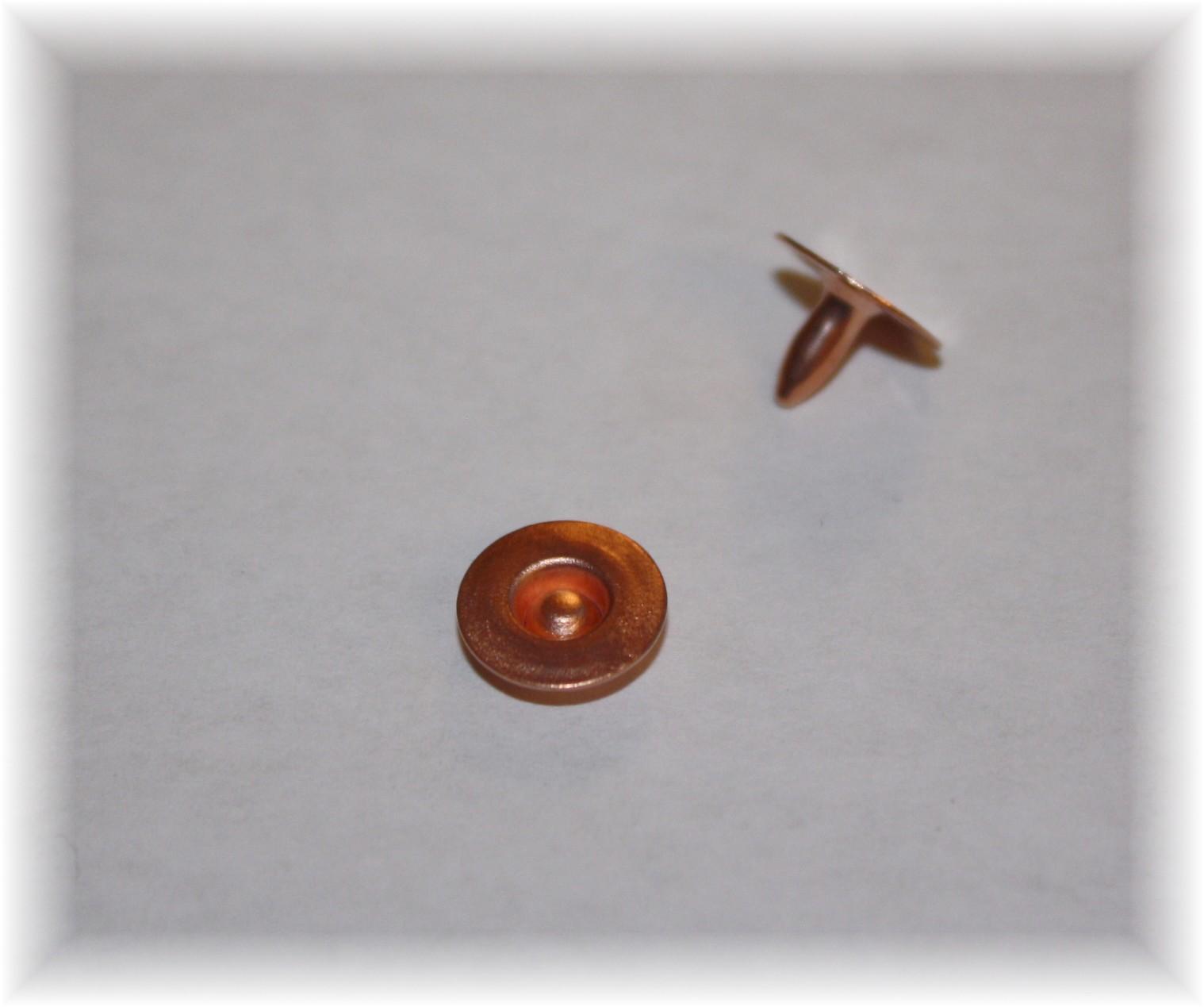 copper-ring-rivet-angela-wolf-designer-jeans.jpg